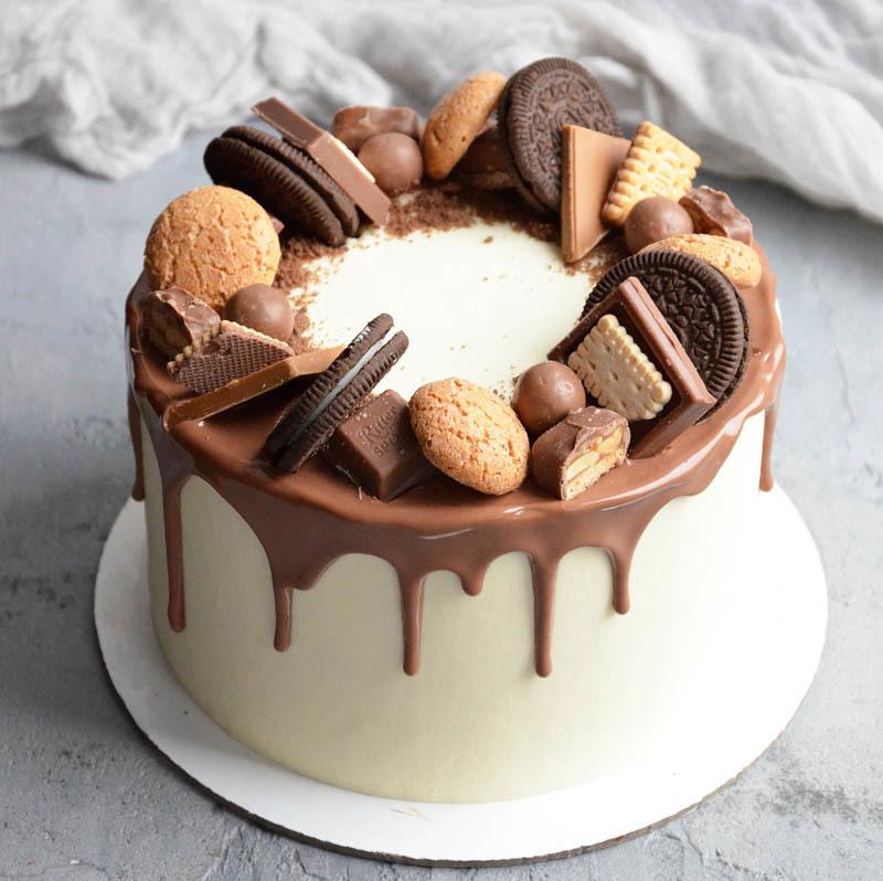 набирать как украсить торт конфетами и печеньем фото может влиять